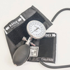 China Professional Digital Wrist Sphygmomanometer Manufactory